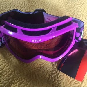 Ski goggles  little girl